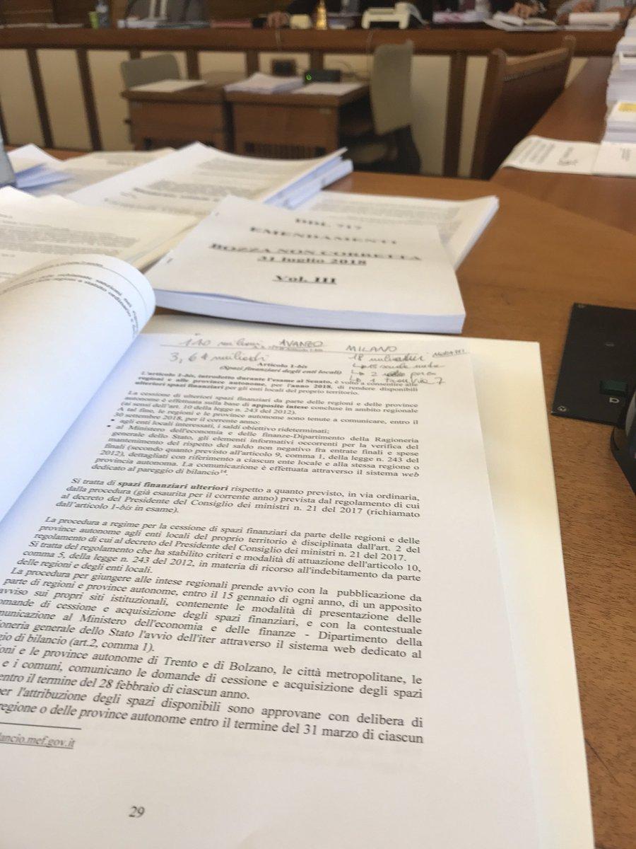 In Commissioni Affari Costituzionali: il gruppo @SenatoriPD è impegnato in una azione ostruzionistica sul Decreto #Milleproroghe, avendo presentato 370 emendamenti al provvedimento, sopratutto sui temi #vaccini e #periferie. L'#opposizione c'è.  - Ukustom