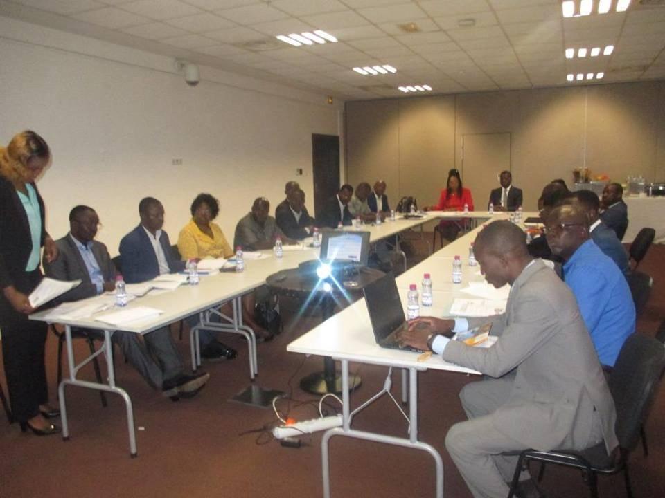 L'ANPGF a eu une séance ce matin avec ses Systèmes Financiers Décentralisés partenaires (CECA, FECECAV, SOGEMEF, UMECTO et URCLEC) autour d'un petit déjeuner. Objectif : booster le produit GARANTIE de l'Agence.