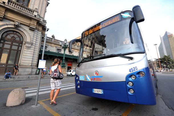 #mobilità #bus #Genova+++ Variazione del capolinea per gli autobus extraurbani (per il Levante, Ponente ed entroterra) da piazza della Vittoria a viale Caviglia, di fronte alla Stazione FS di Genova Brignole +++  - Ukustom