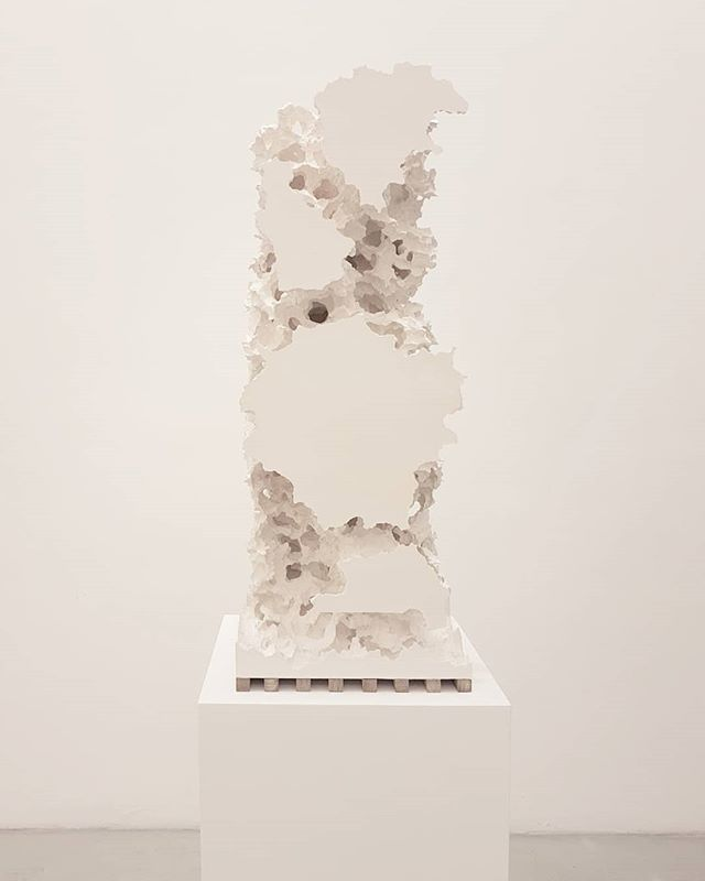 #FlorianRoithmayr #TheseHereWithins @renatafabbri #Milan #sculpture #ContemporaryArt https://t.co/q7ZbwozbiB