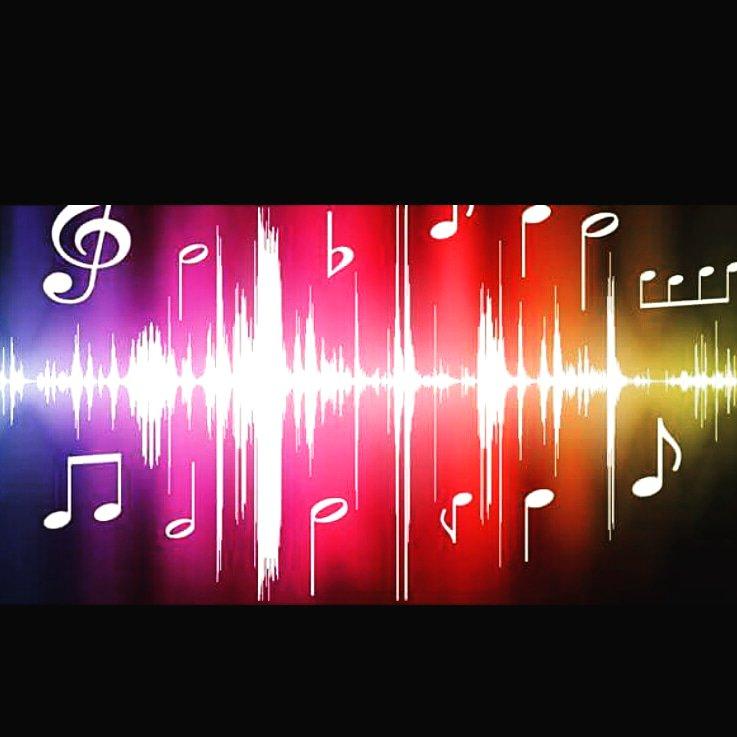 Vi auguro di incontrare qualcuno che cancelli le cicatrici di tutte le promesse non mantenute.....Qualcuno che dia #coloreE #musica alla vita... e nn...Buio e silenzio, come molto spesso và a finire.....#testaALTAeCUOREinMANO  - Ukustom