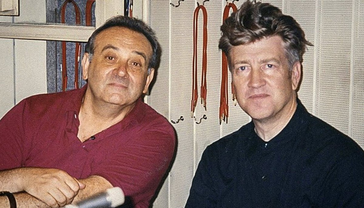 "Hear David Lynch and Angelo Badalamenti's bizarre collaboration ""Woodcutters From Fiery Ships"" https://t.co/sXqZn57FbK"