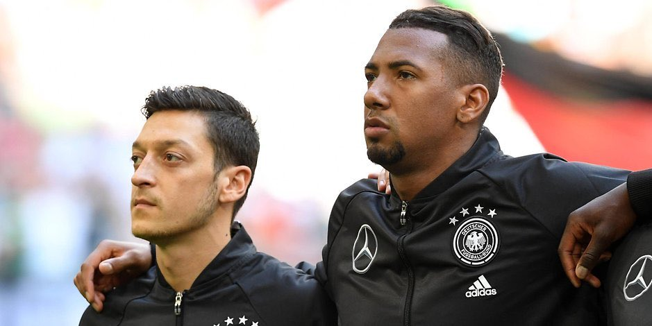 "Jerome Boateng on Mesut Özil criticism: Where were the players who thanked Mesut? Apparently, many did not dare to comment because they thought that it wont please the German fans."" 👏🏼"