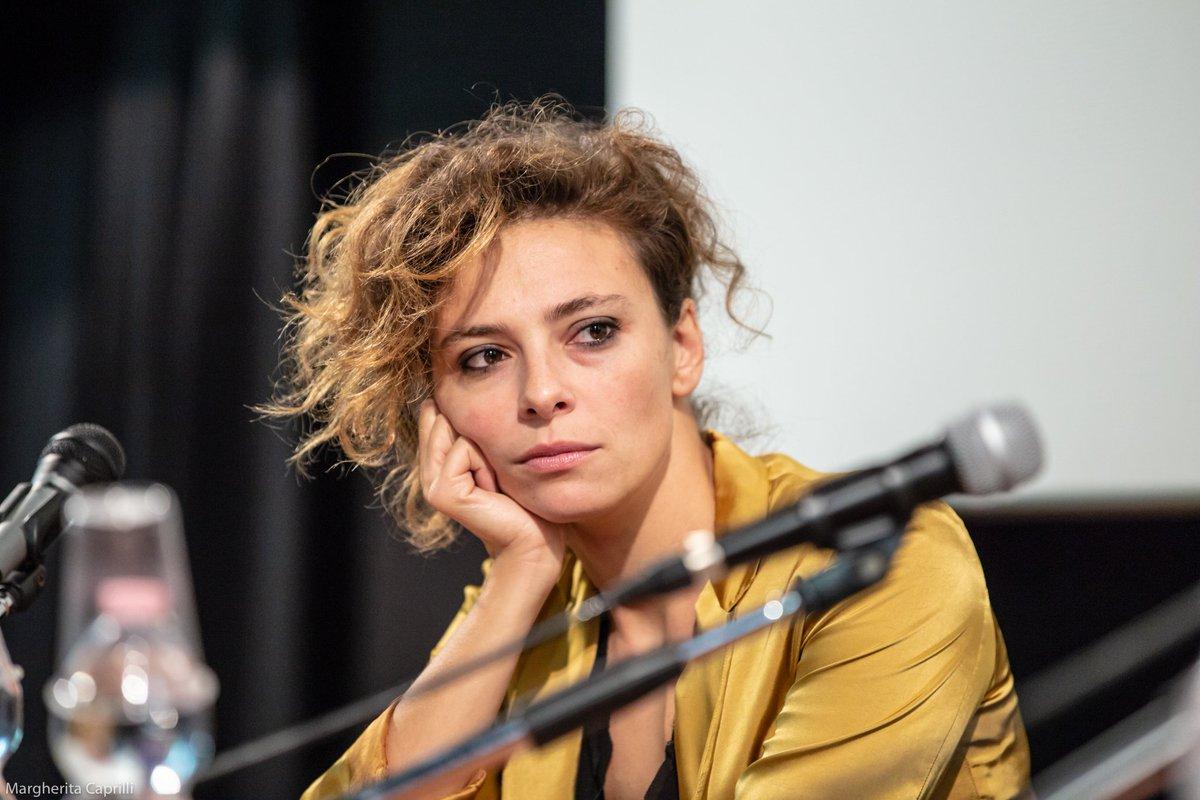 #SullaMiaPelle: domenica sera #JasmineTrinca e il regista #AlessioCremonini hanno incontrato il pubblico del #CinemaLumière.Guarda la gallery: http://bit.ly/2NTzFVi  - Ukustom