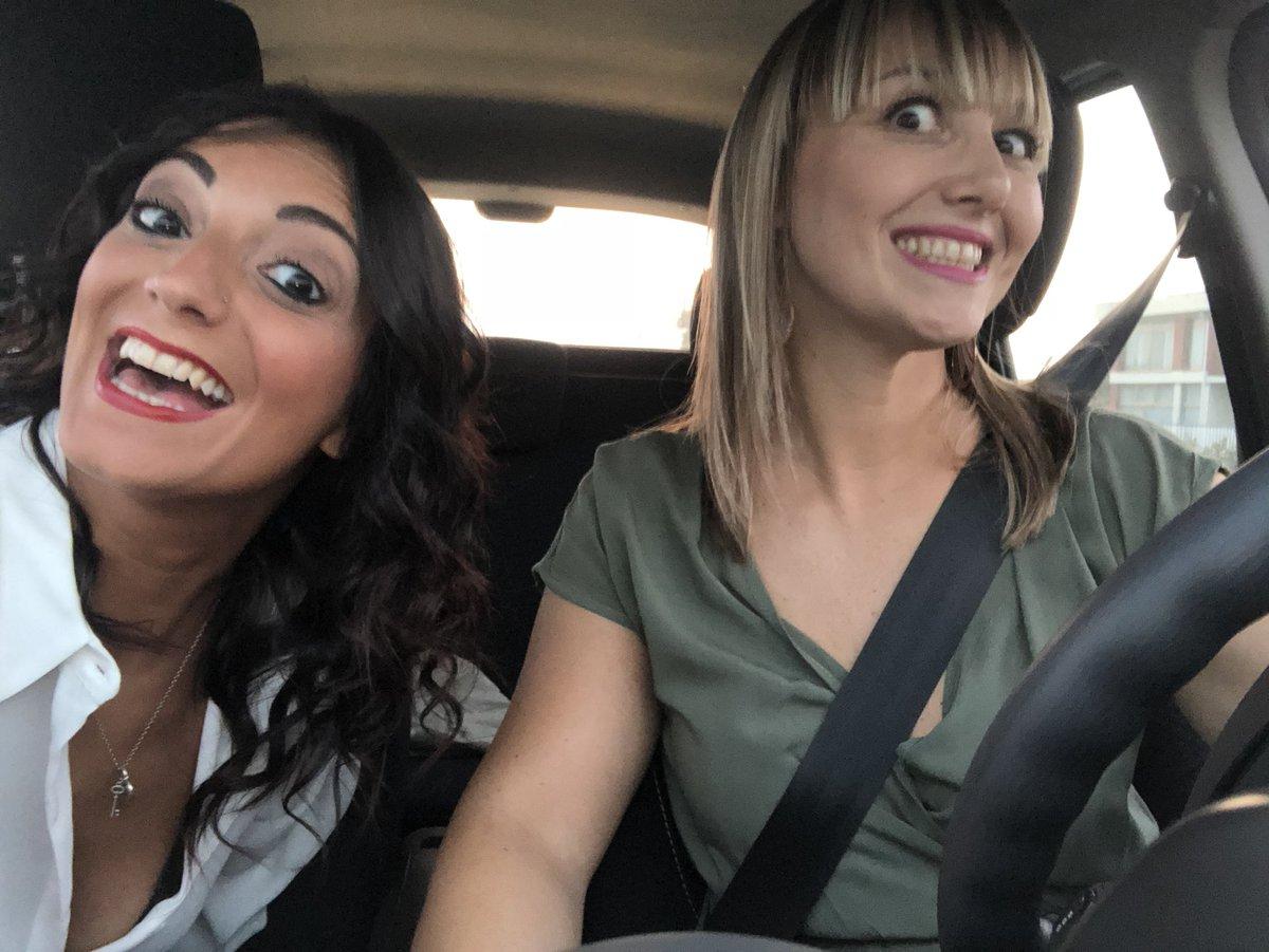 La mora e la bionda @ElenaPoletto1 .... formazione .... #Givenchy #love #news .... arriviamo #vamos  - Ukustom