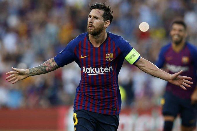 Barcelona-PSV Eindhoven: Lionel Messi abrió la cuenta con un tiro libre en el primer tiempo - Foto