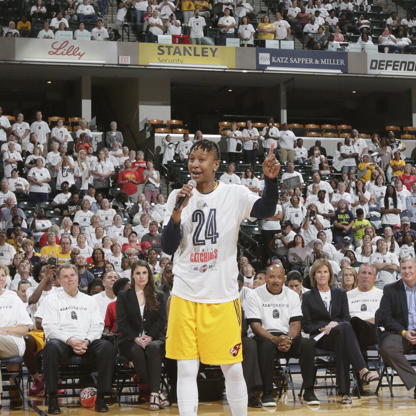 On this day 2 years ago, @Catchin24 played in her final regular-season game against Dallas, dropping 16 PTS and 7 REB to cap off her tremendous career! #WNBAVault