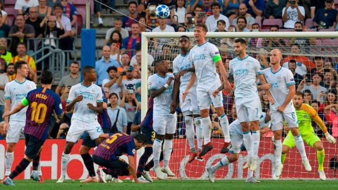 Good Start: Lionel Messi bags hat-trick on Champions League opening day. Read more➡ Foto