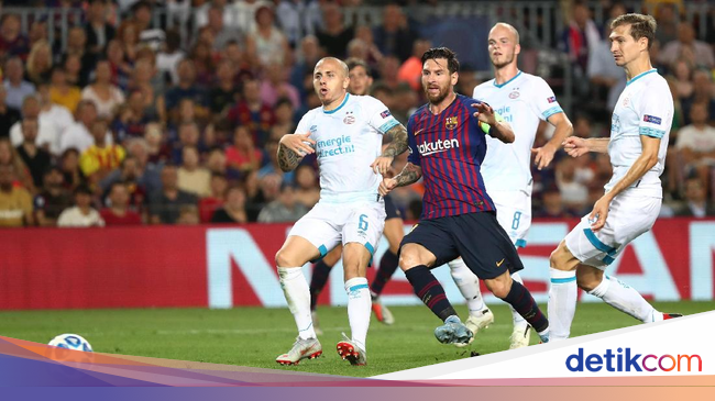 Hasil Liga Champions: Messi Hat-trick, Barcelona Hajar PSV 4-0 Photo