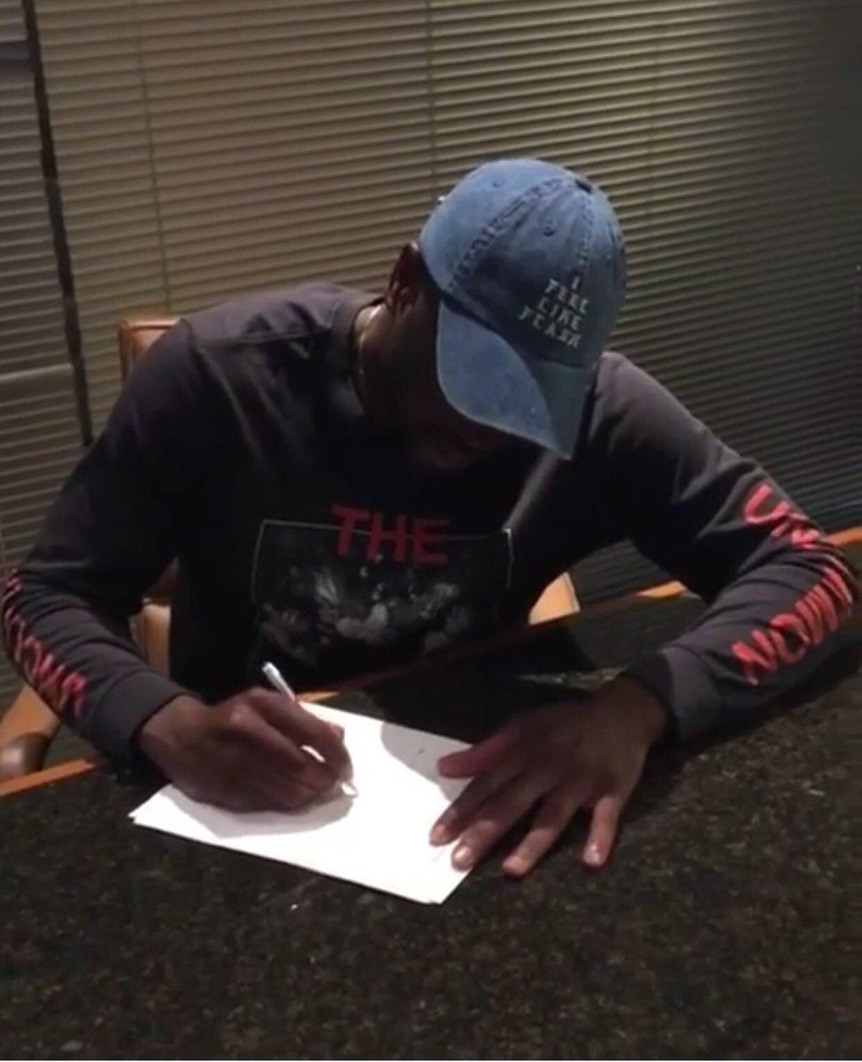 正式官宣!熱火正式宣佈簽回韋德,底薪240萬美元簽約1年!(影)-Haters-黑特籃球NBA新聞影音圖片分享社區