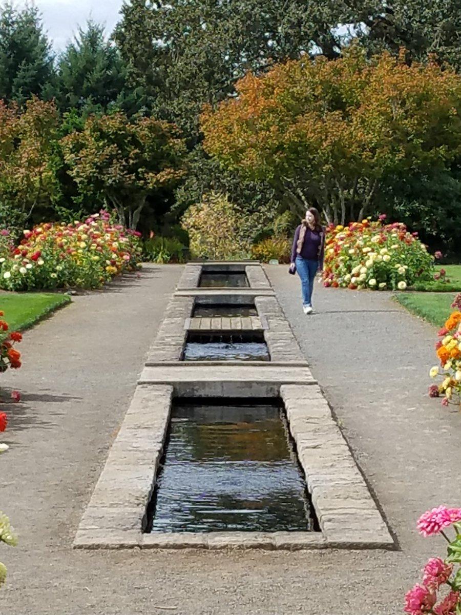 eva d calcagno evatwopointoh - The Oregon Garden
