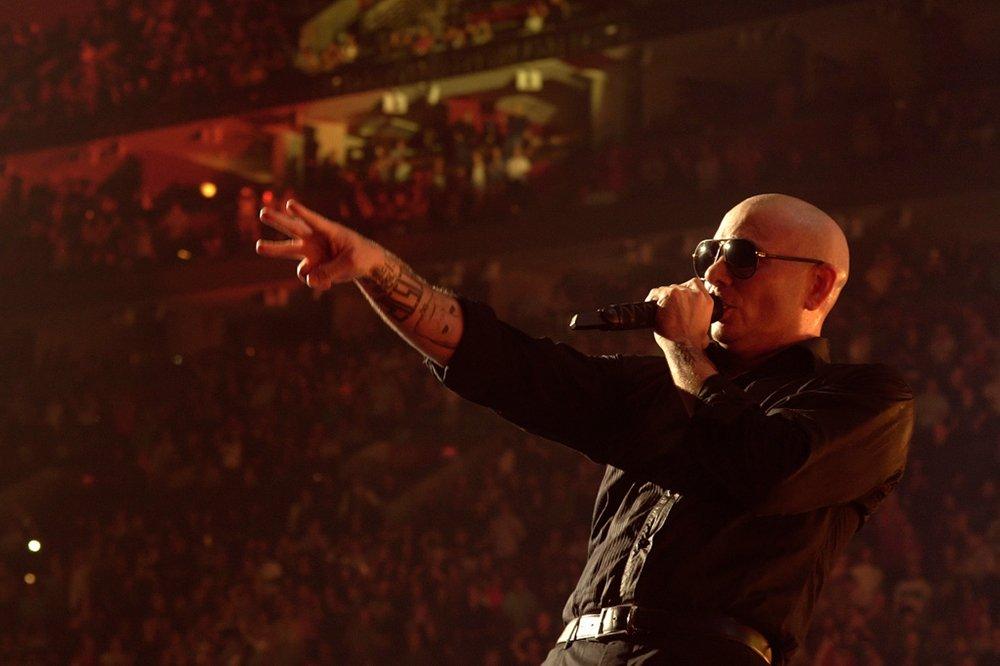 Pitbull top tweets