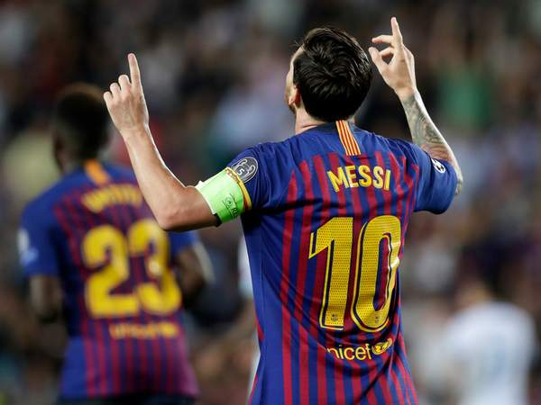 Lionel Messi scores hat-trick as Barcelona enjoy emphatic win over PSV ind.pn/2NpiMSY