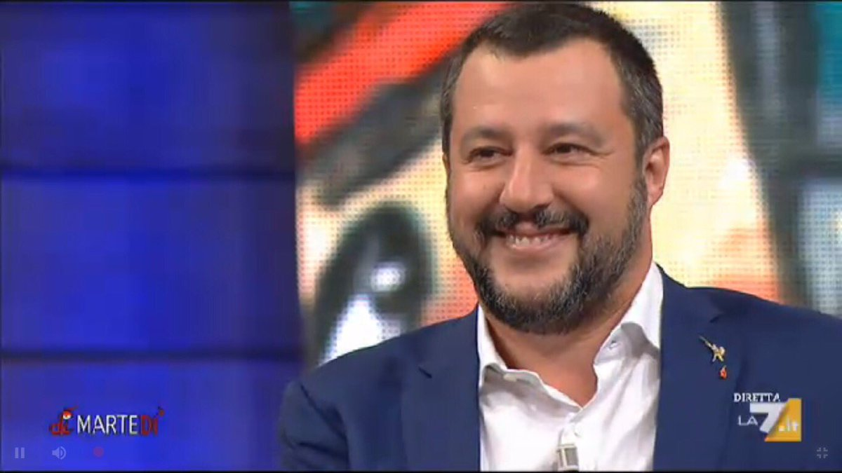 """#Salvini: la gente per strada mi chiede """"fai lavorare mio figlio"""", non mi chiede dello spread. Se la gente lavora, lo spread si abbassa. #DiMartedi  - Ukustom"""