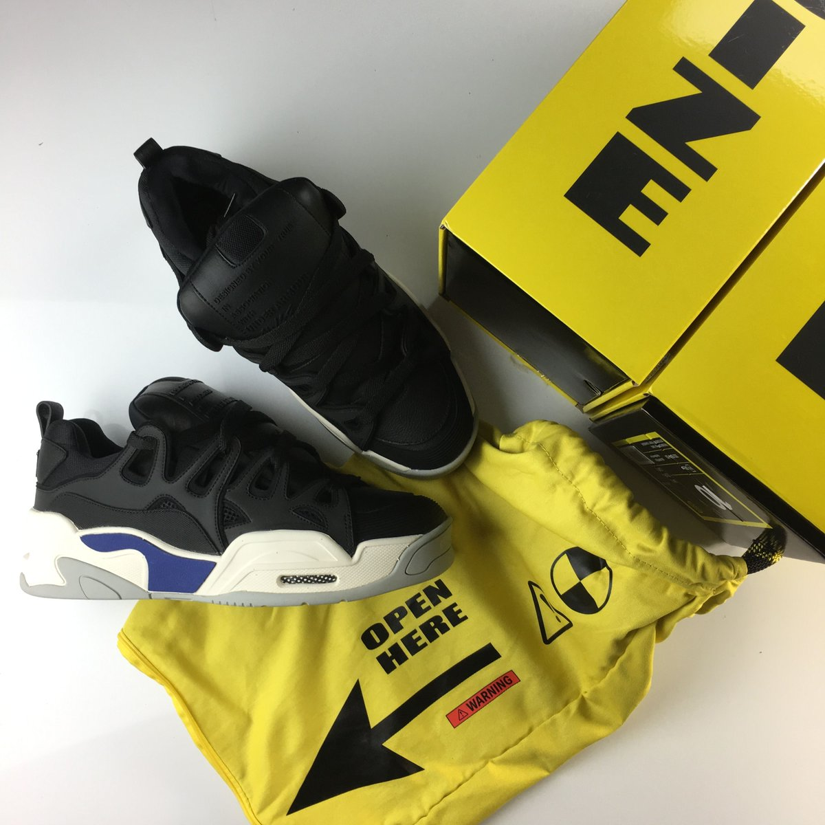 4eb5aa52e53 Did ASAP Rocky and UA copy the Osiris D3? They say no. Osiris says yes.  Check out the unboxing for one of the year's most controversial shoes ...
