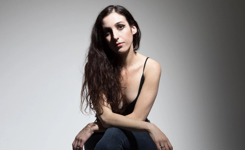 """Marissa Nadler on her new album, her thoughts on the word """"haunting"""" and more https://t.co/39MN83HFrS"""