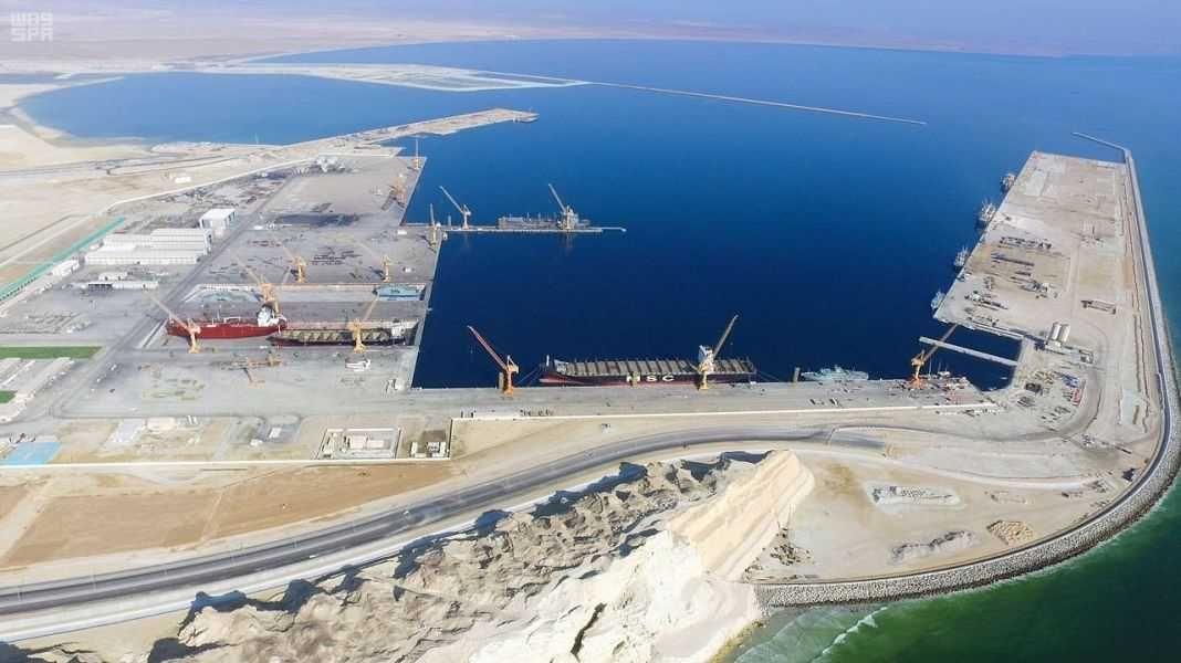 أمريكا وسلطنة عمان توقعان اتفاقية عسكرية مشتركة Dn_UtvkVYAAZ56s