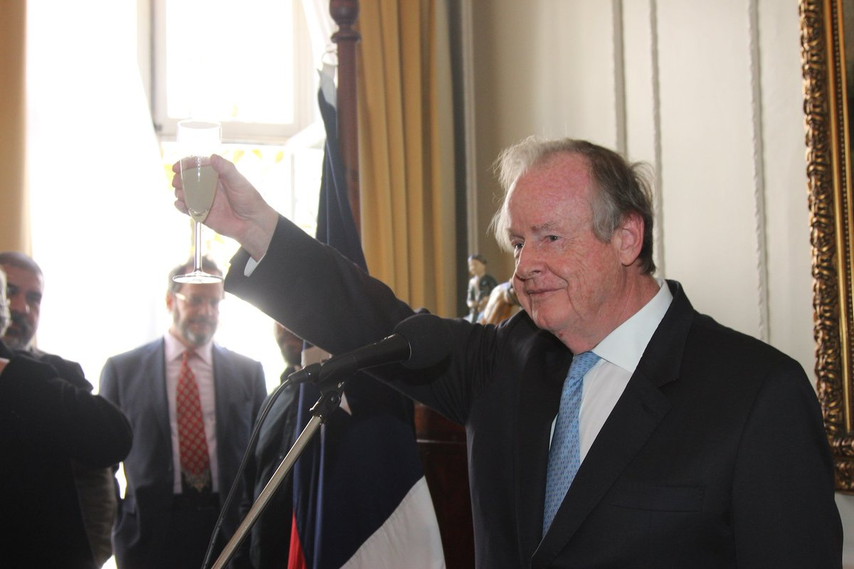 test Twitter Media - Toasting Chile's Independence with Chilean Pisco!  Felicidades Amb David Gallagher on your first National Day here in London and thank you to friends at @Chile_in_the_UK for giving us a real taste of Chilean culture https://t.co/Q5S4TvL4Lb