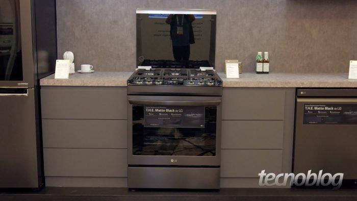 A LG vai lançar um fogão pela primeira vez noBrasil https://t.co/aM8ag2LKYi