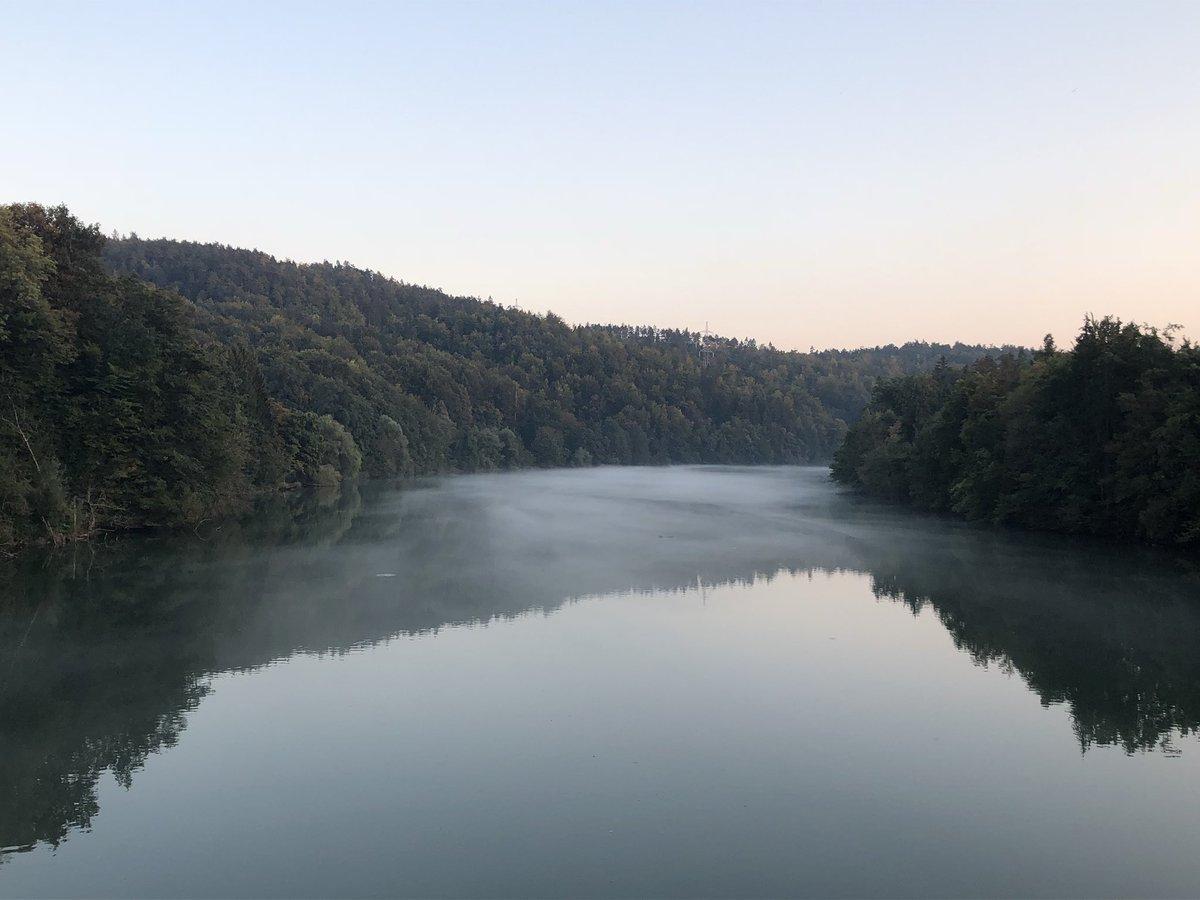 Mist over the surface of the Sava River, as it flows towards Ljubljana, Slovenia 🇸🇮