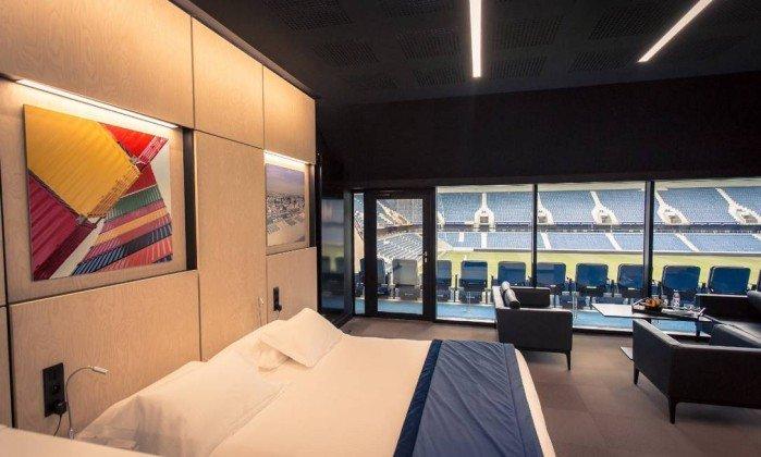 Clube francês inaugura hotel em estádio com direito a vista para o campo. https://t.co/jqLXhHDD2w