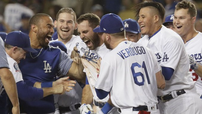 Chris Taylor walks it off for the Dodgers to beat the Rockies in extras and increase NL… Photo