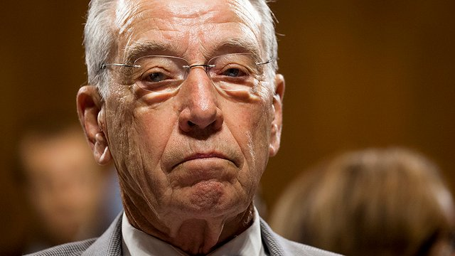 #BREAKING: Grassley pushing forward with Kavanaugh hearing despite accuser calling for FBI to probe allegation first https://t.co/dBXTw1lptS