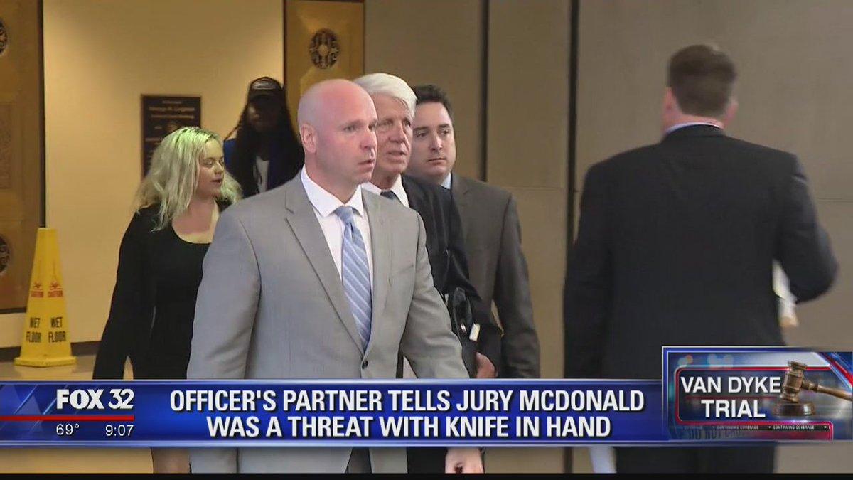 Chicago cops reluctantly testify against Jason Van Dyke https://t.co/Znugw8B2fb @LarryYellen reports