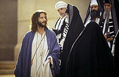 #EvangeliodelDía   Actitud de los publicanos y fariseos