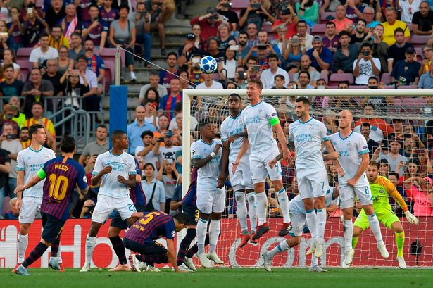 Barcelona were off the pace for much of the 1st half of the clash. Finally, Messi opened the scoring just after the half-hour mark when he curled home a free-kick from 25 yards. Viergever had conceded the free-kick after a foul on Dembele and Messi did the rest. Photo
