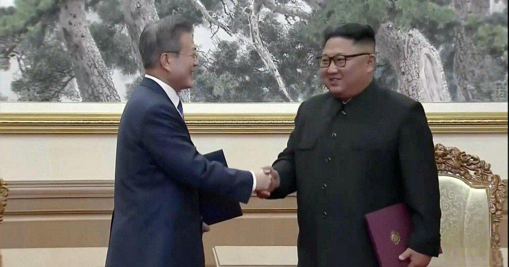 North Korea's Kim Jong Un makes new promises on nukes https://t.co/Q56Eb4kioM