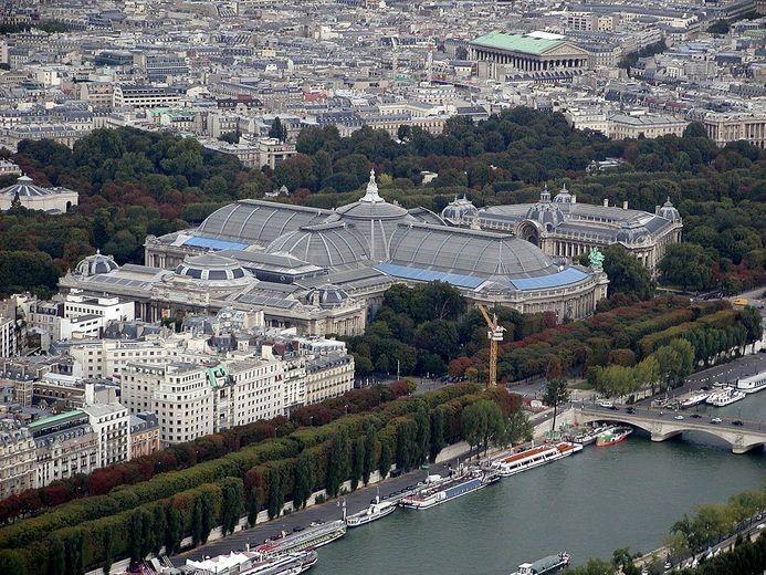 Grand Palais : l'ex-président a-t-il claqué 410 000 € en location de limousine et frais de taxi ? https://t.co/kHAN9oTsSK #Faitsdivers