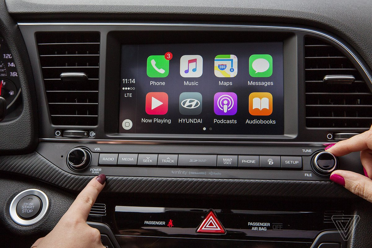 You can now use Google Maps with Apple's CarPlay in iOS 12 https://t.co/tFrRhRvBf7