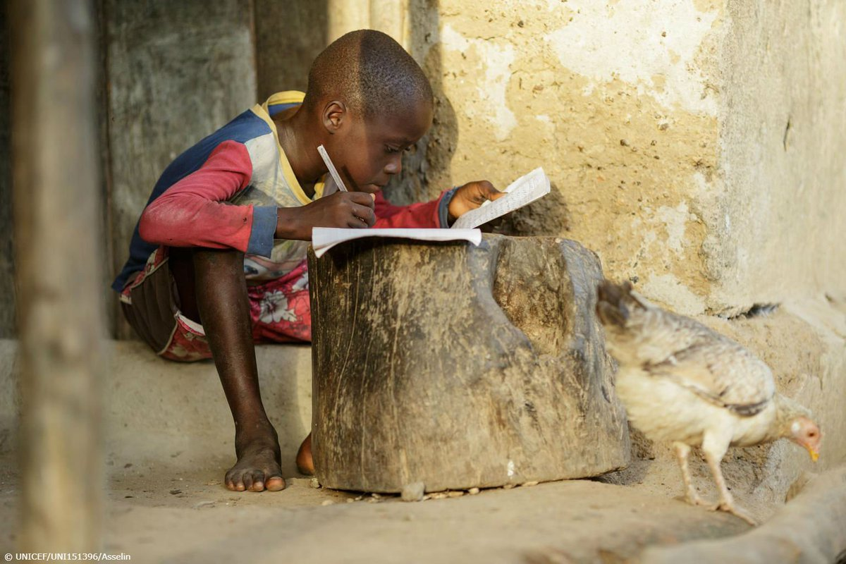 Boys and girls like this little one in Sierra Leone are striving for an education.  We must give them a chance, no matter where they live. https://t.co/qq1Z7nWYbp