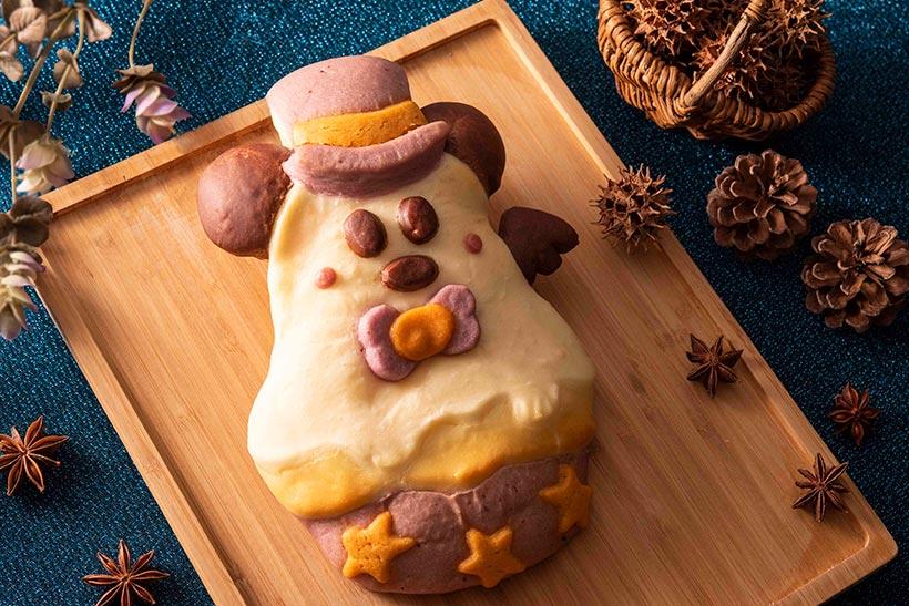【スペシャルブレッドも変身!?】 カップケーキのような見た目の、マロンクリームがたっぷり入ったスペシャルブレッド! ディズニーアンバサダーホテルの「チックタック・ダイナー」で♪ くわしくは>> https://t.co/onGi6ozTYA   #ディズニーホテルごはん