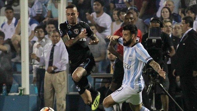 Gremio se impuso a Atlético Tucumán en Argentina por la Copa Libertadores Foto