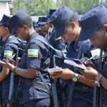 Image for the Tweet beginning: 🇷🇼#Rwanda, 230 policiers licenciés par