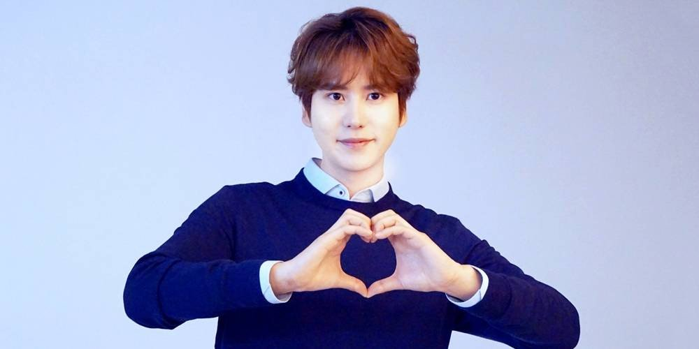 Kyuhyun meets up with Super Junior during break from military duties https://t.co/UvbNlldMD2