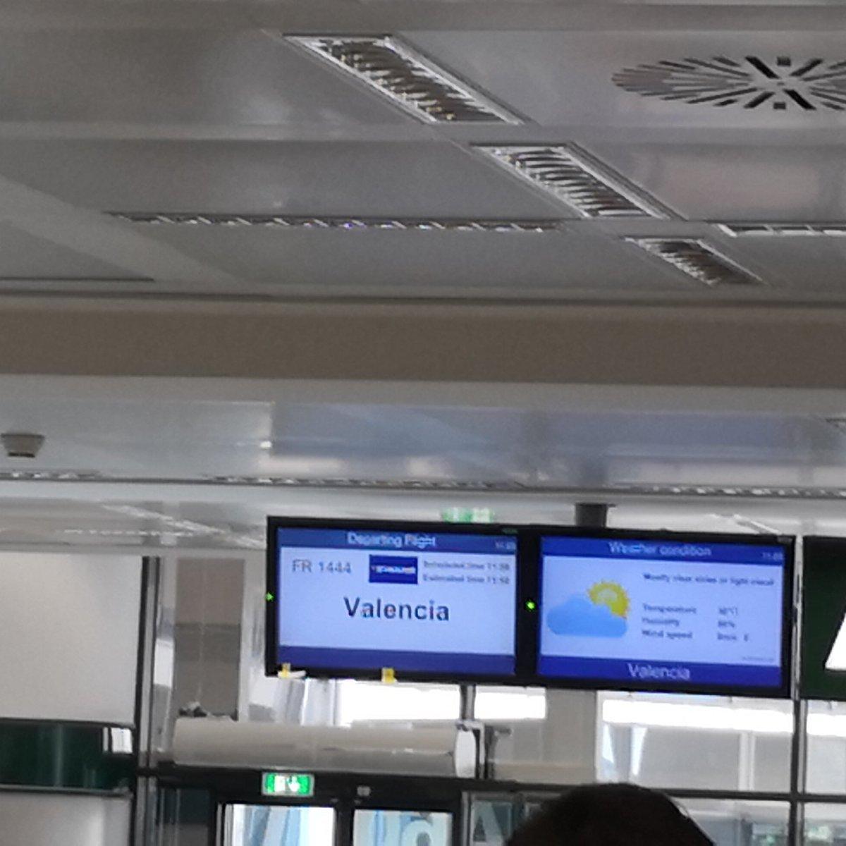 Più che #Ryanair pare #Juventusair...  - Ukustom