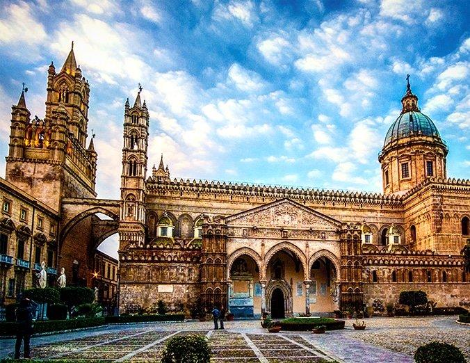 Cattedrale di PalermoCathedral of Palermo#photography #Sicilia #Palermo #sicily #19settembre #BuongiornoATutti #PalermoCapitaleCultura #Sizilien #arte #History #art #Arab #Nobodylikeyou #pictures #followme #folloMe #folllow #follo #follobackforfolloback #enjoy  - Ukustom