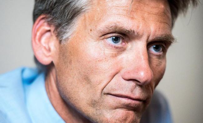 Danske Bank CEO Quits As Money Laundering Scandal Swells To $234 Billion https://t.co/HGuXvvkdZT