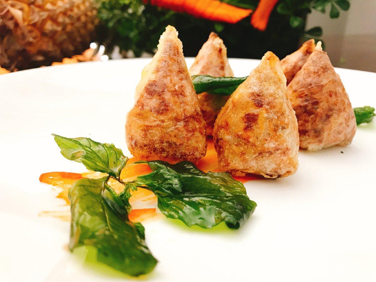 #Chảgiò #Vietnamesefood at #MercuryPhuQuocResortandVillas https://t.co/LnOm2miLja