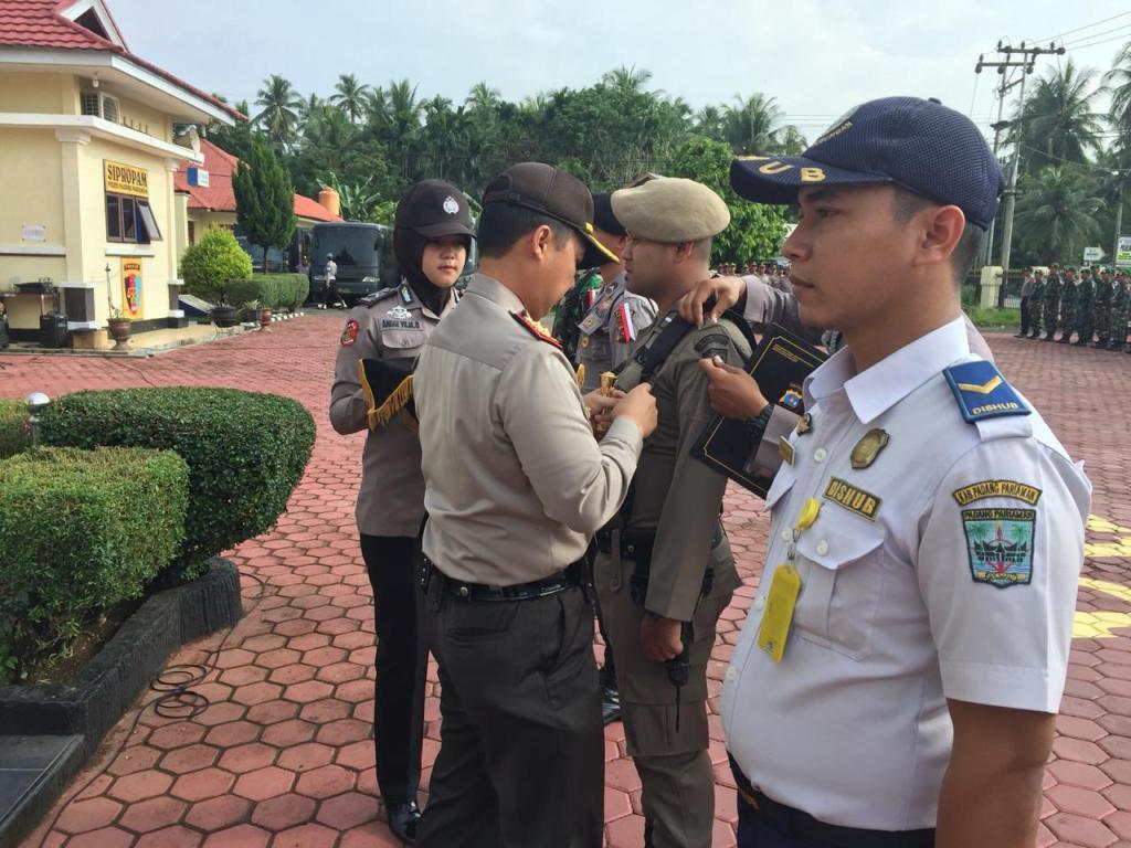 Polres Padang Pariaman Laksanakan Apel Gelar Pasukan Ops Mantap Brata Singgalang2019
