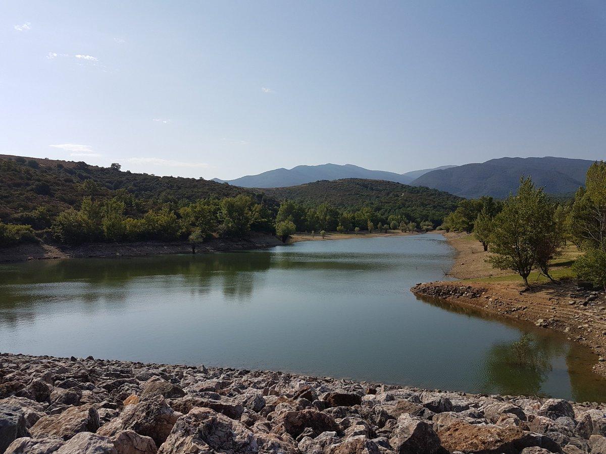 #TourismeOccitanie : Petit détour par #Vinça pour cette magnifique fin de journée ! En savoir + : https://bit.ly/2Ehv8Hj#CAMPINGCARPARK #tourisme #Campingcar #étape #découverte #région #Occitanie #Views #landscape #sun  - FestivalFocus