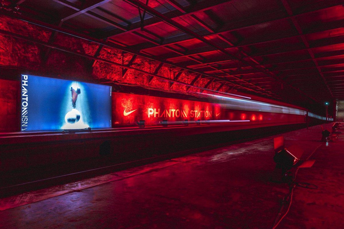 Nuestra estación fantasma cobra vida de la mano de @Nike_Spain … Estate alerta hoy... #AwakenThePhantom #NikeFootball #metrobcn