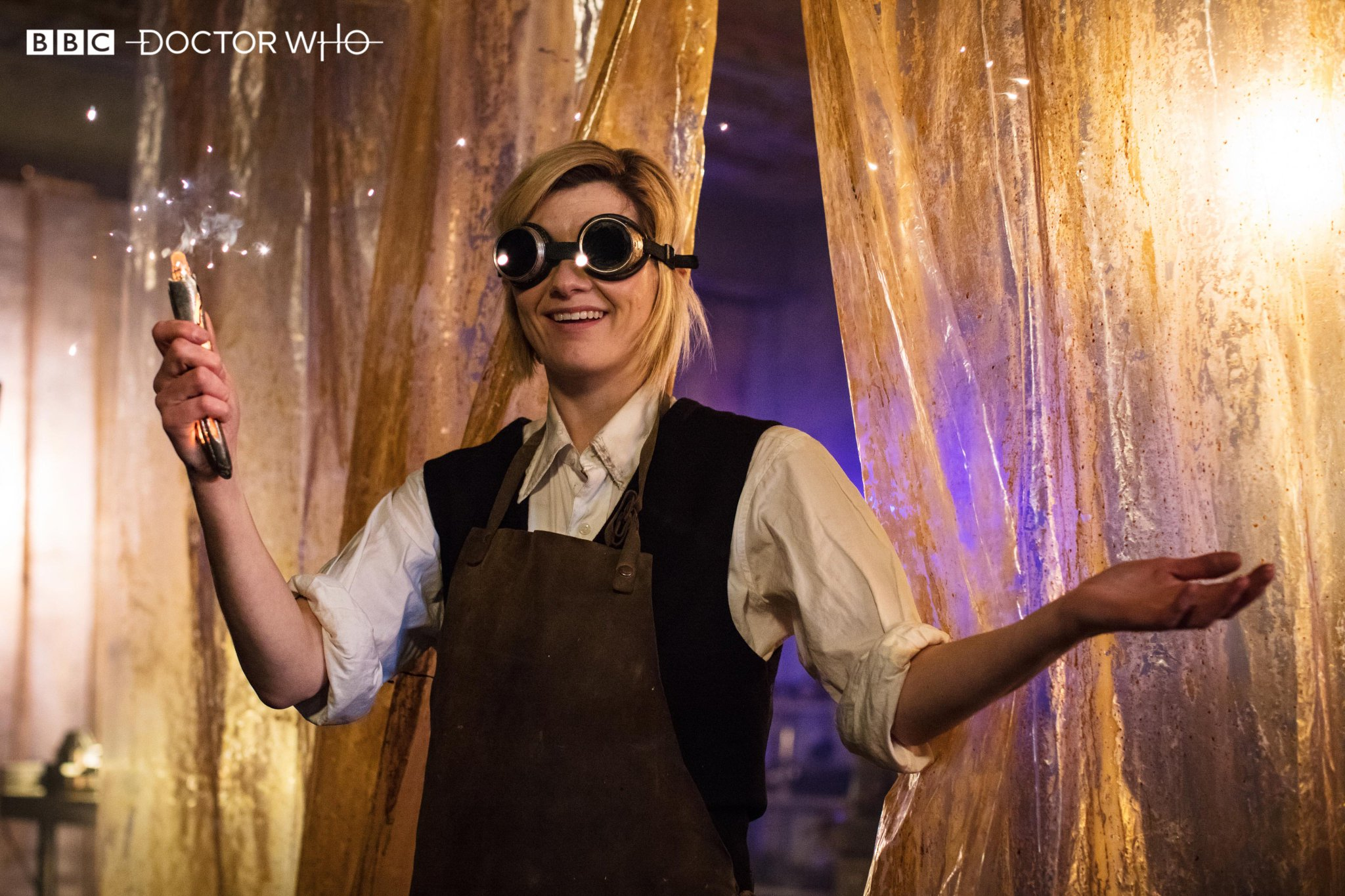 Doctor Who Saison 11 : Discussion générale DndKRIGWsAAz78V