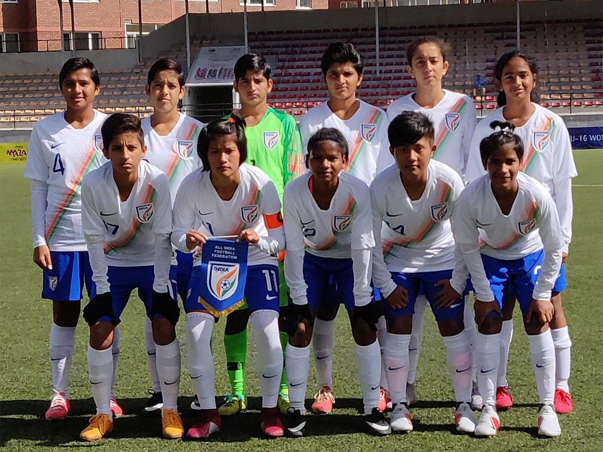 .@IndianFootball beat Pakistan 4-0 in AFC U-16 Women's Championship Qualifier   Story: https://t.co/O8GoAtqIcV https://t.co/P3YZtBlWyp