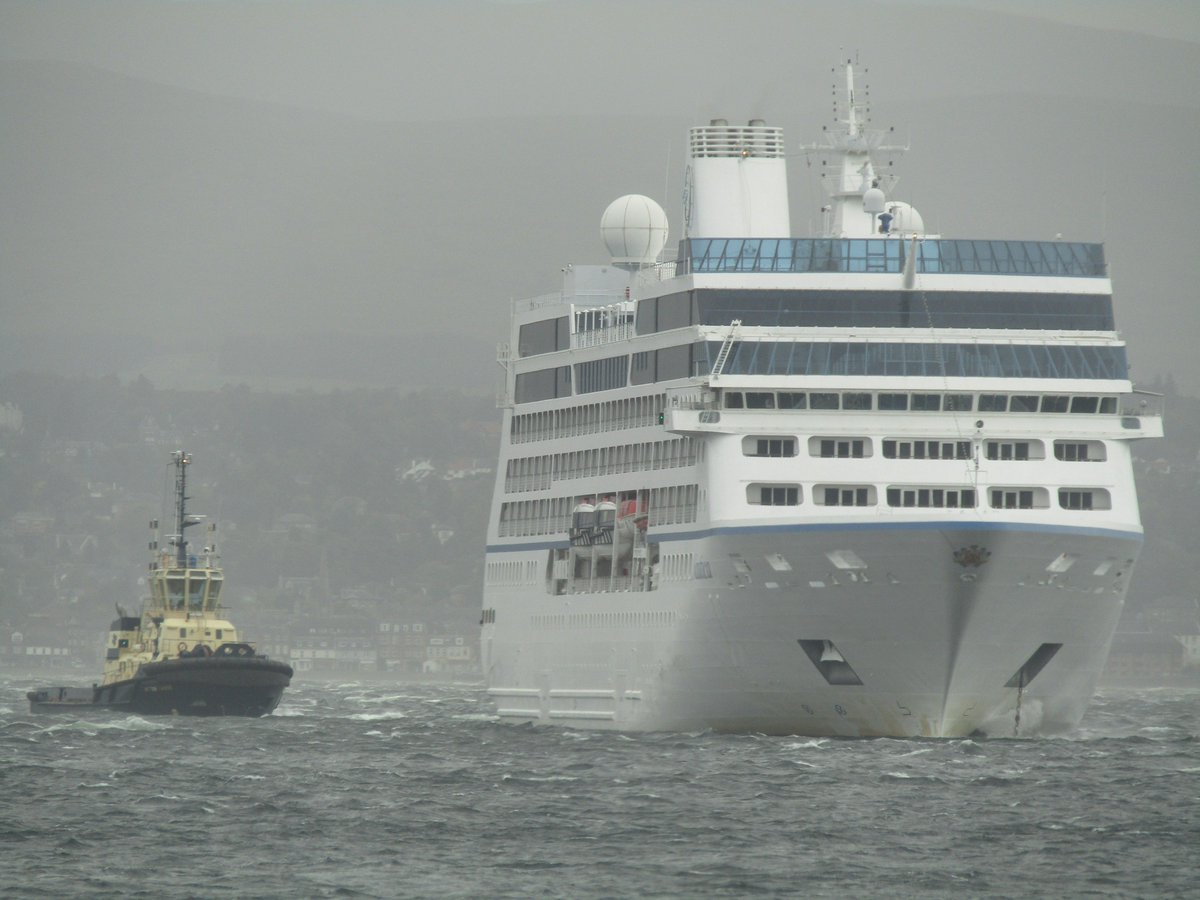 Oceania Cruises Ship Blown out to Sea by High Winds in Scotland