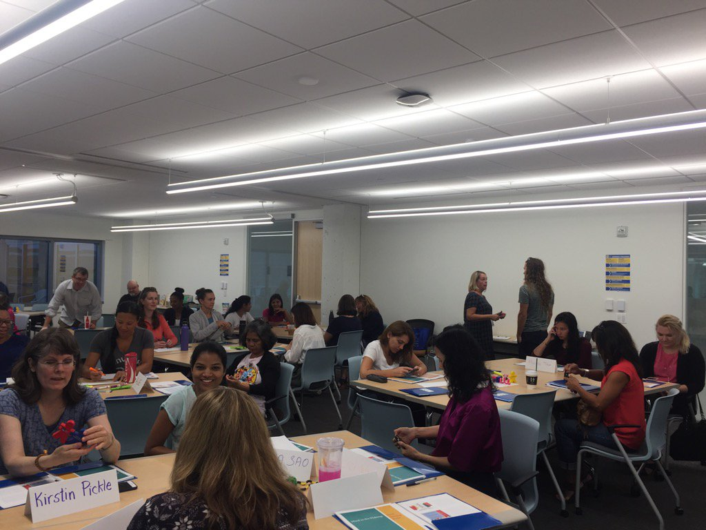Full house for first 18-19 PRC event - Mind in the Making! Here we go! <a target='_blank' href='http://twitter.com/APS_SpecEduc'>@APS_SpecEduc</a> <a target='_blank' href='http://twitter.com/APSInstruction'>@APSInstruction</a> <a target='_blank' href='http://twitter.com/APSface'>@APSface</a> <a target='_blank' href='https://t.co/HvHM6bvZYY'>https://t.co/HvHM6bvZYY</a>