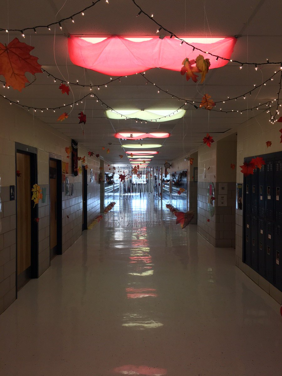 It's beginning to look a lot like DHJ Homecoming! #AllThingsDHJ #WeAreDiamondHill #Homecoming2018
